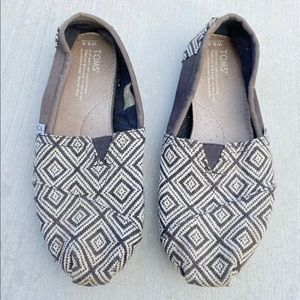Toms women's casual loafers flat shoes size 8.5